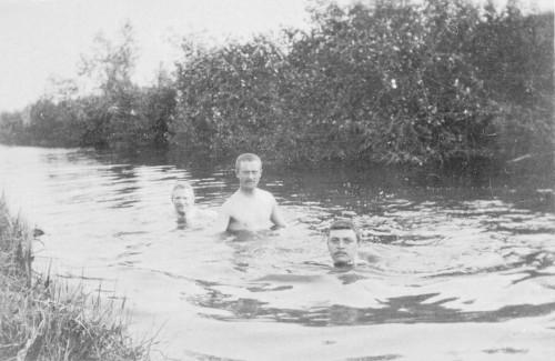 Les baigneurs 2.jpg