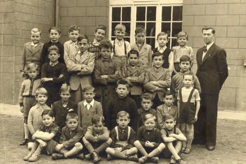 GARCONS 1954 OK.jpg