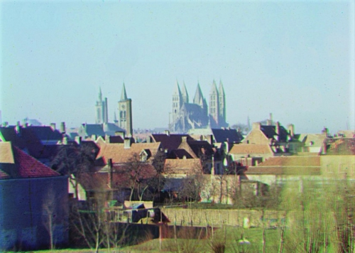 SCAN CATHEDRALE PANORAMA 2244 BIS.jpg
